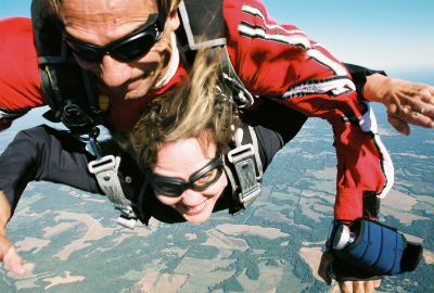 Skydiving (2).jpg