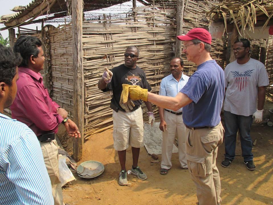 India - Prayer hut 1.jpg