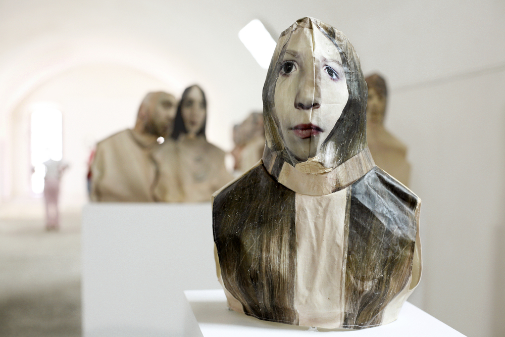 Image: Elia Alba, Busts (Catlin), photo transfer on fabric, acrylic, thread, metal armature, 2009 / ©Elia Alba
