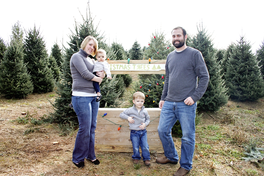 christmas-tree-farm-photos-blacksburg-photographer_0004.jpg
