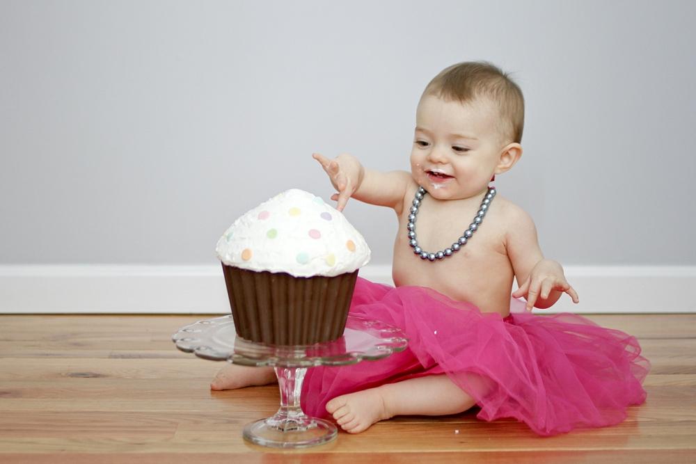 first-birthday-baby-cake-smash-photos_0007.jpg