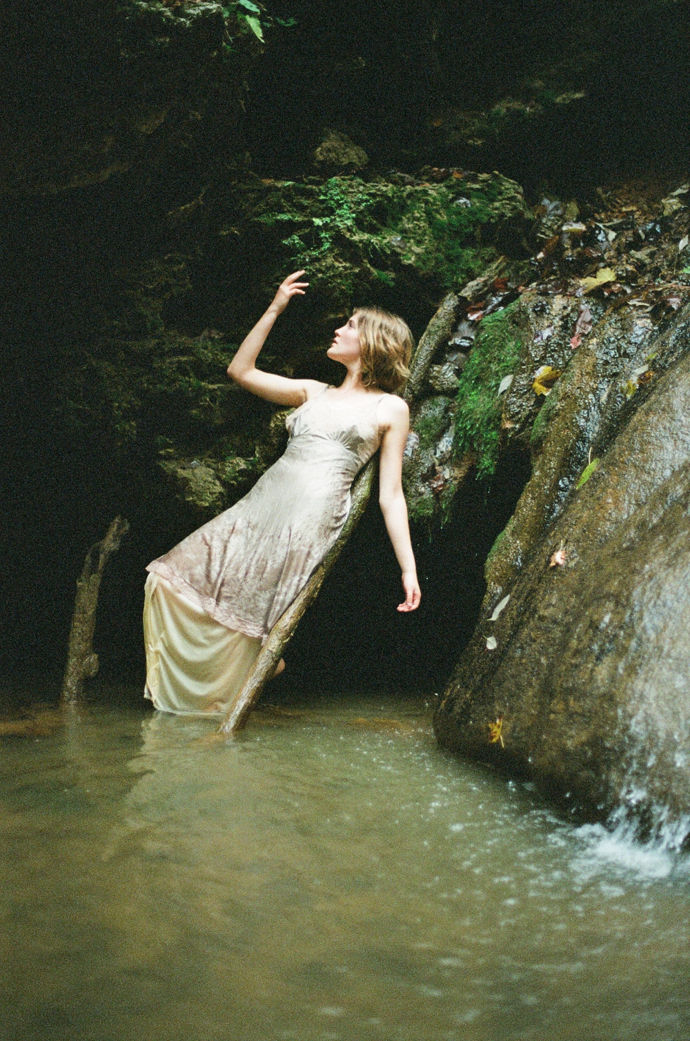 creative-film-photography-mermaidens-portrait-series-by-holly-cromer-02.jpg