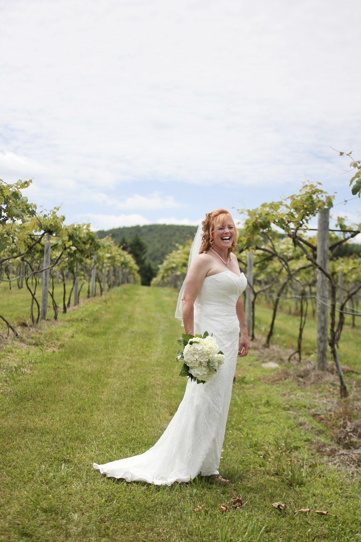 chateau-morisette-vineyard-wedding-photos-13.jpg