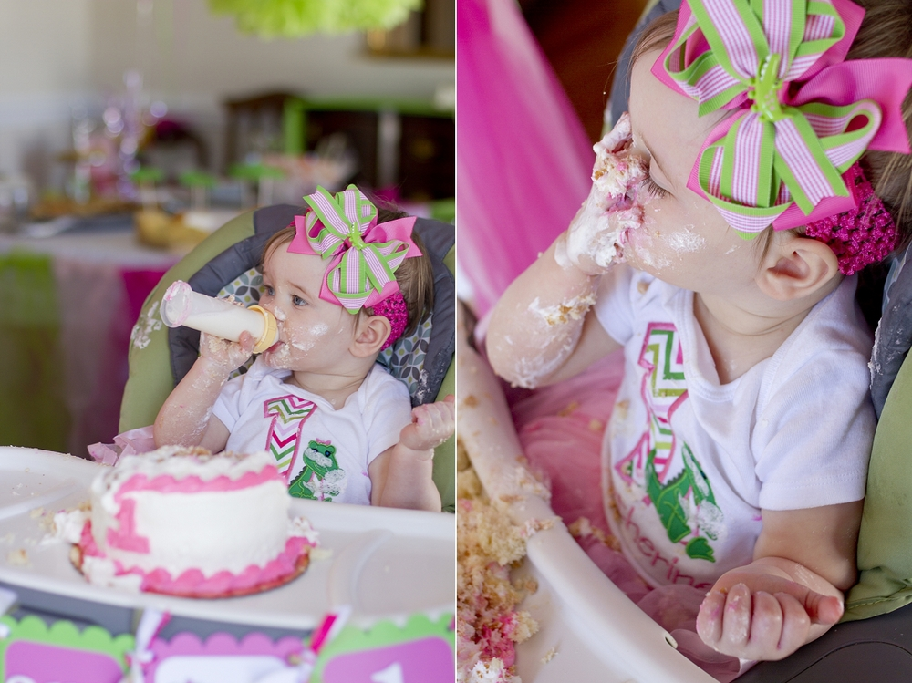 First-Birthday-Cake-Smash-011.jpg