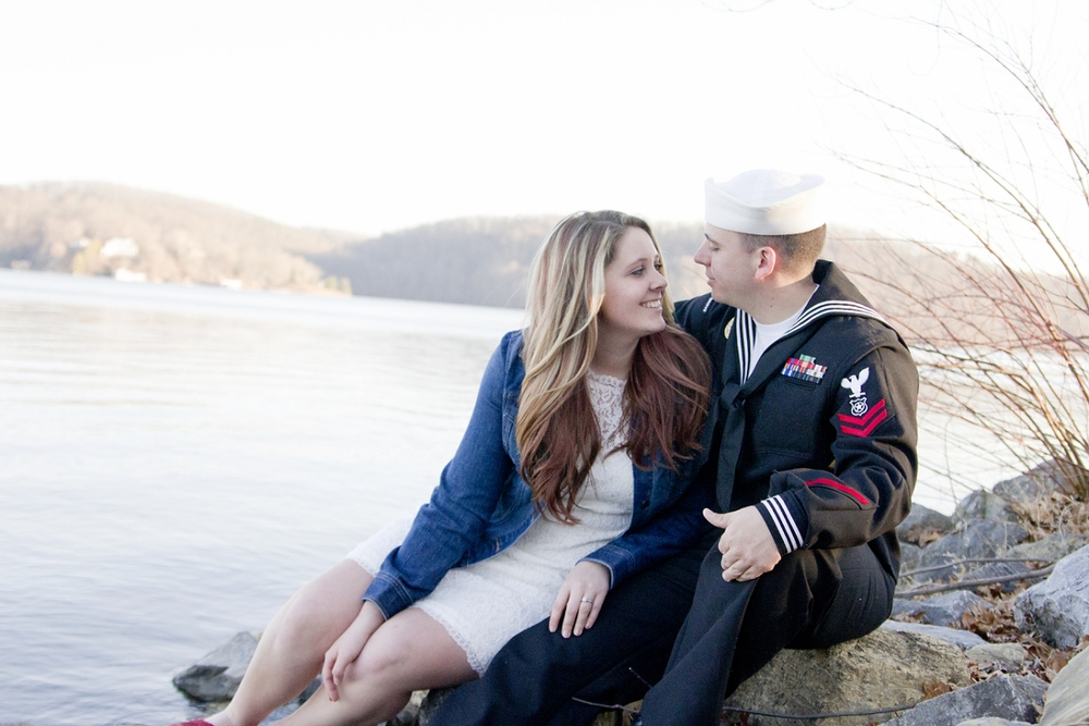 Claytor-Lake-Engagement-Photos-_0008.jpg