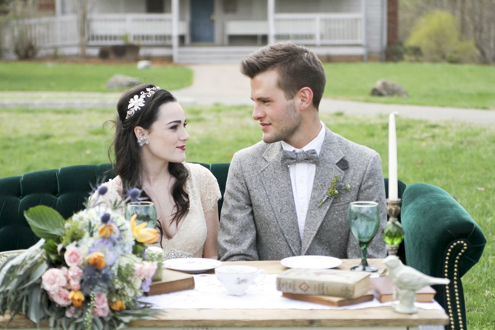 Vintage-Gatsby-Themed-Wedding-Inspiration-Virginia-Wedding-Photographer-_0022.jpg