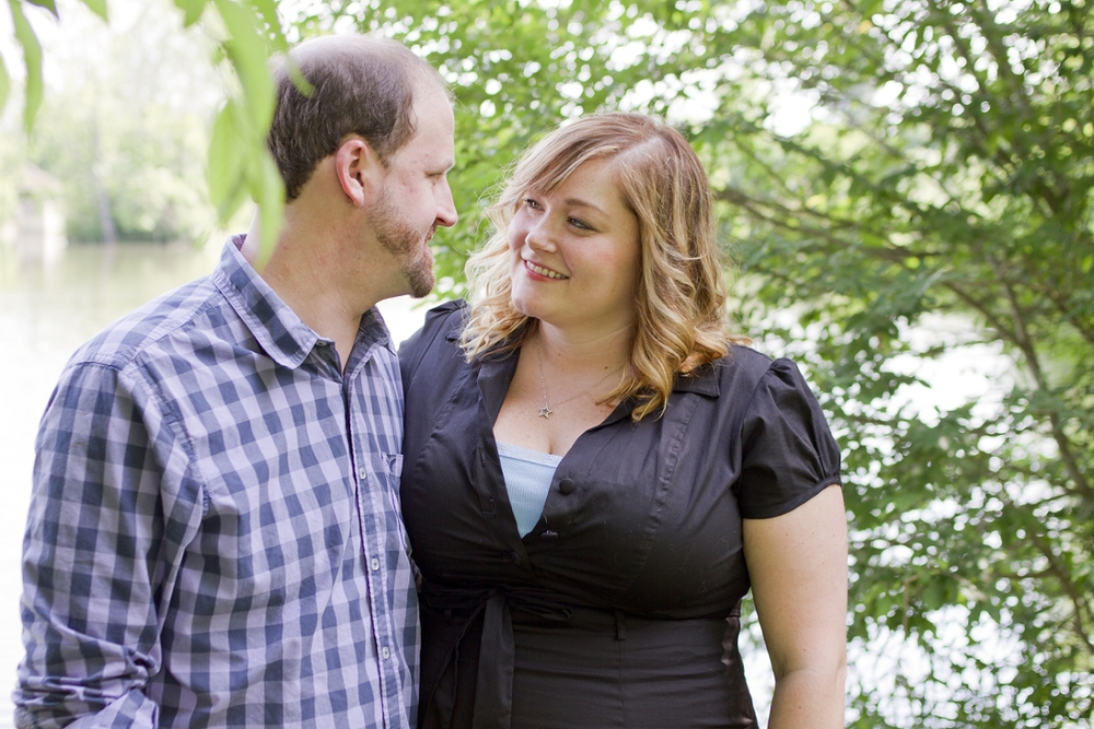 Virginia-Tech-Engagement-Photos-_0007.jpg