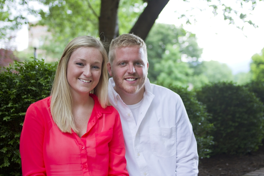 Roanoke-College-Engagement-Photos-_0011.jpg