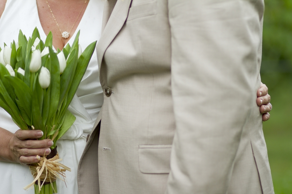 Chateau-Morrisette-Intimate-Vineyard-Wedding-Photos-_0009.jpg