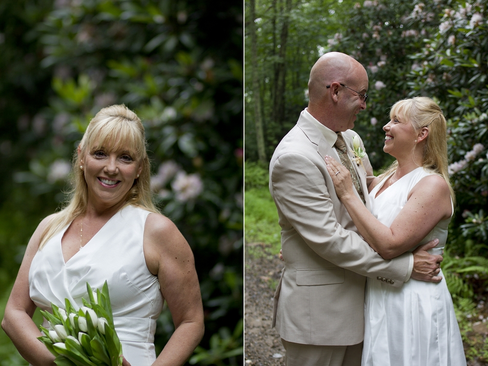 Chateau-Morrisette-Intimate-Vineyard-Wedding-Photos-_0012.jpg