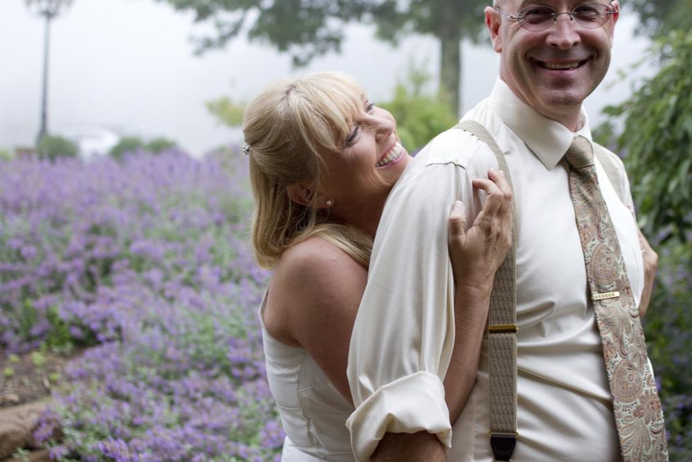 Chateau-Morrisette-Intimate-Vineyard-Wedding-Photos-_0021.jpg