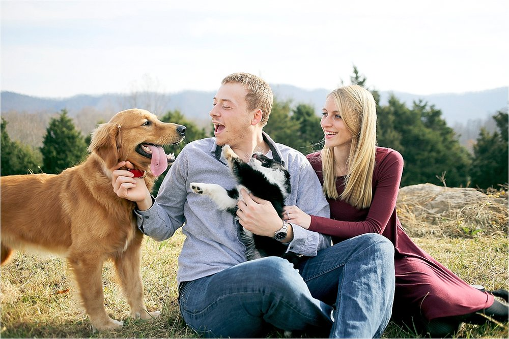 Beliveau-Estate-Blacksburg-Engagement-Photos_0007.jpg