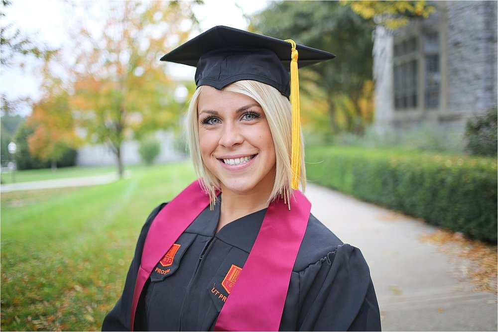 Virginia-Tech-Graduation-Senior-Portrait-Photographer_0027.jpg