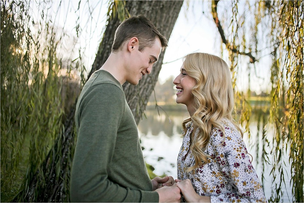 Blacksburg-Proposal-Engagement-Photographer_0025.jpg