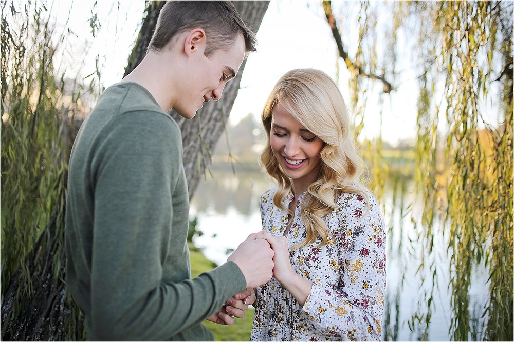 Blacksburg-Proposal-Engagement-Photographer_0026.jpg