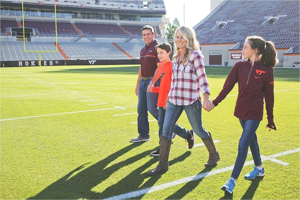 Virginia-Tech-Family-Photographer_0004.jpg