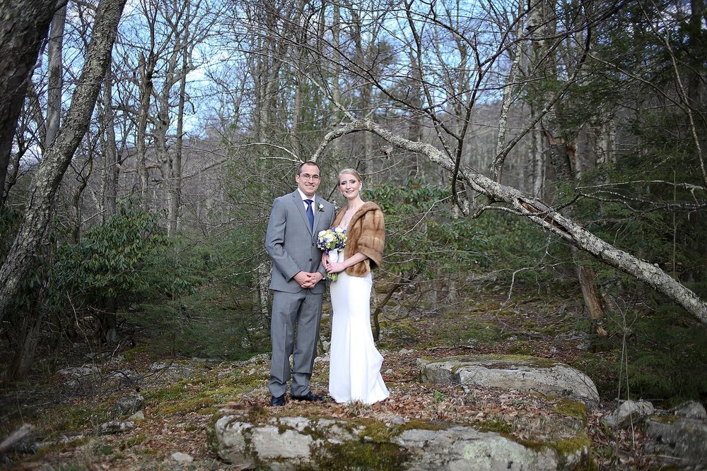 Mountain Lake Lodge Winter Wedding Photos