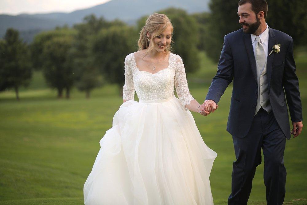 Virginia-Wedding-Photographers-_0010.jpg