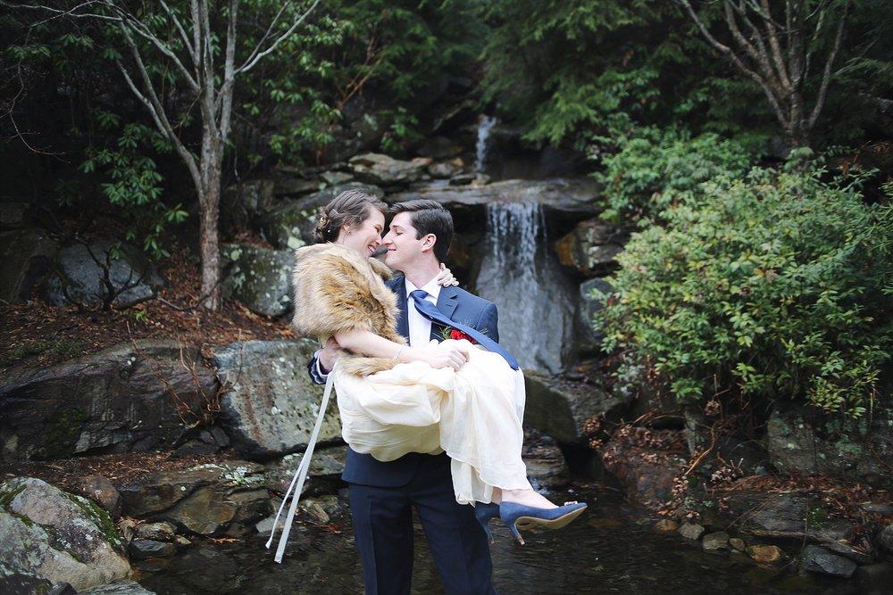 Virginia-Wedding-Photographers-_0028.jpg