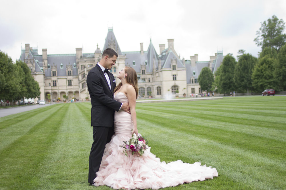 Biltmore Estate Wedding Photograph | Blush Maggie Sottero Wedding Gown