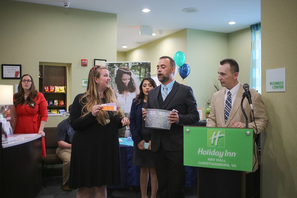 Holiday-Inn-MCCC-Business-After-Hours_0019.jpg