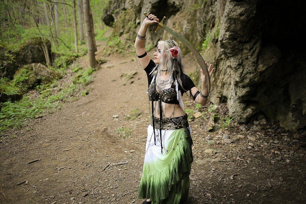 Belly-Dancing-Photos-Outdoors-Blacksburg-Creative-Portrait-Photographer_0007.jpg