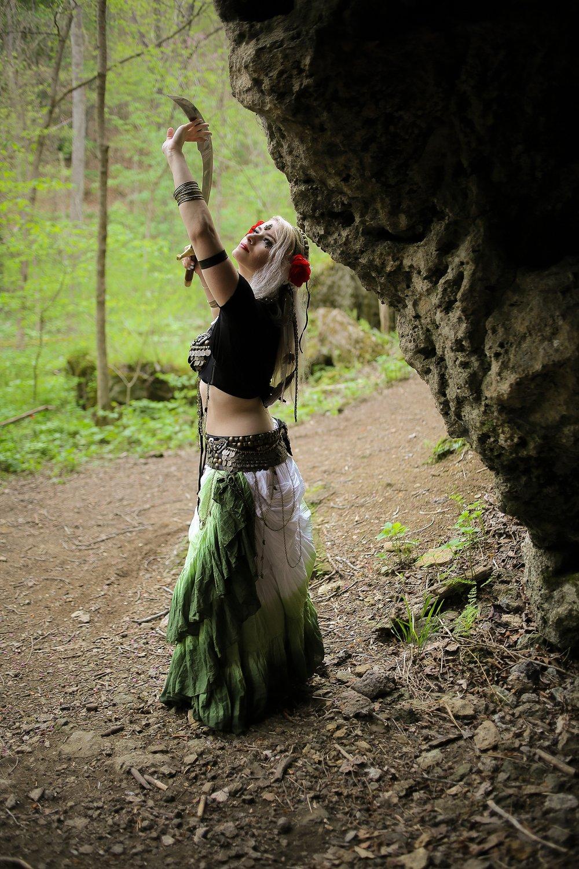 Belly-Dancing-Photos-Outdoors-Blacksburg-Creative-Portrait-Photographer_0013.jpg