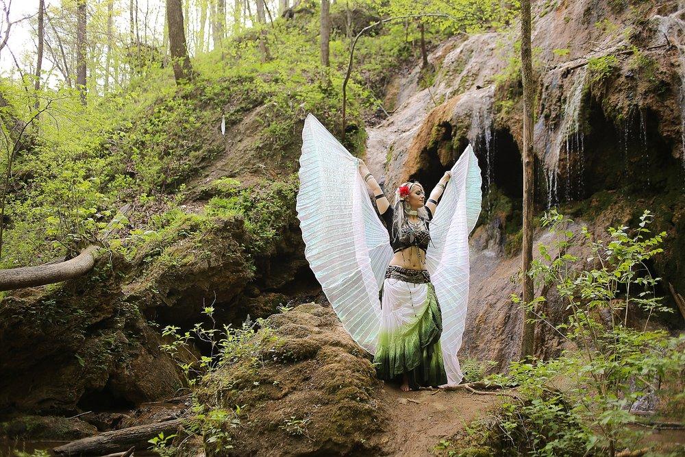 Belly-Dancing-Photos-Outdoors-Blacksburg-Creative-Portrait-Photographer_0020.jpg