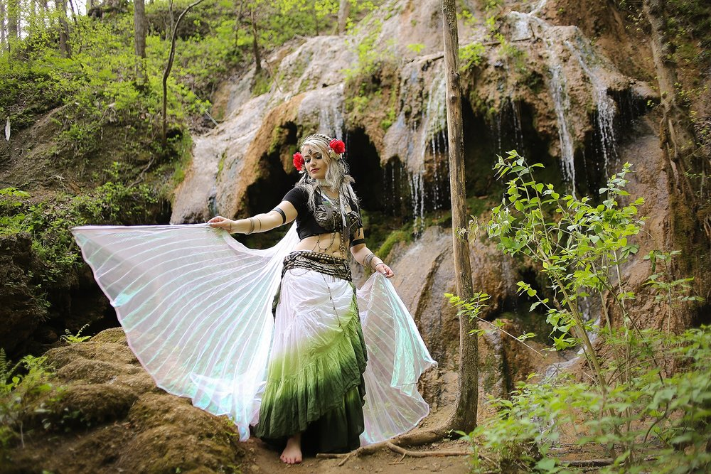 Belly-Dancing-Photos-Outdoors-Blacksburg-Creative-Portrait-Photographer_0024.jpg