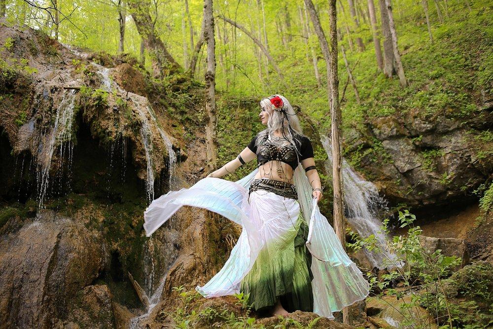 Belly-Dancing-Photos-Outdoors-Blacksburg-Creative-Portrait-Photographer_0026.jpg
