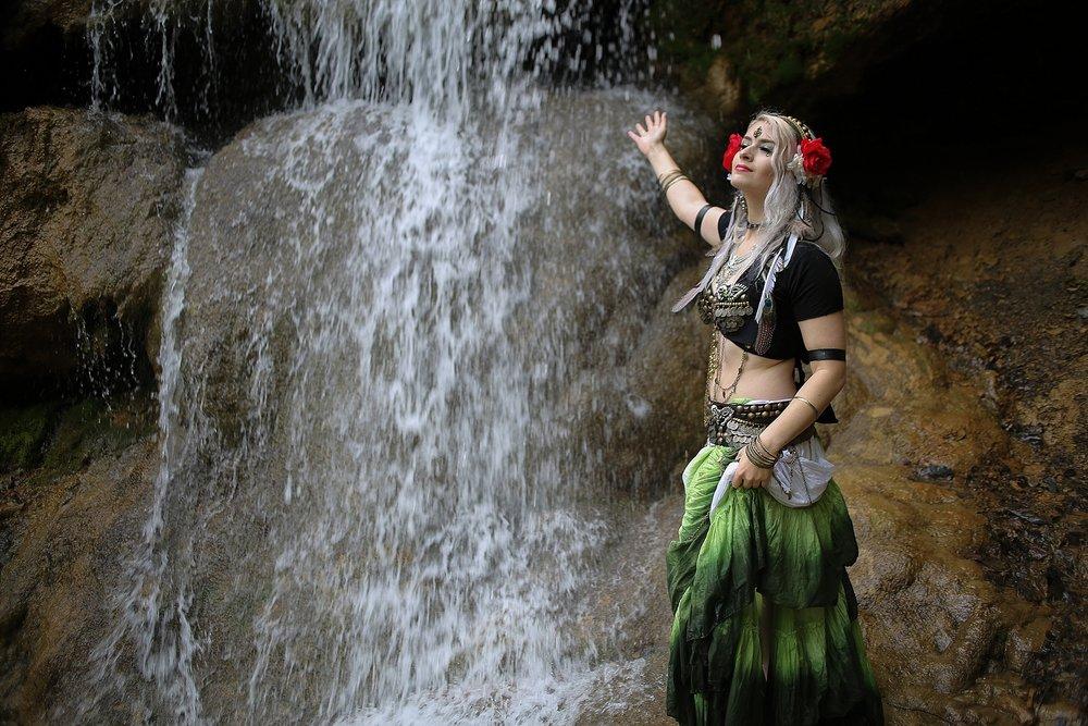 Belly-Dancing-Photos-Outdoors-Blacksburg-Creative-Portrait-Photographer_0031.jpg