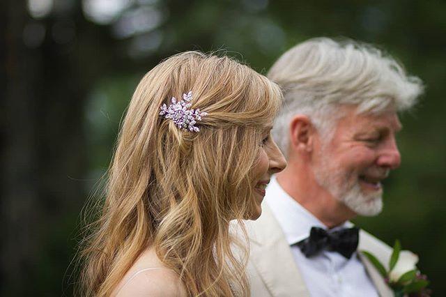 . . . . . . . . . . . . . #theknot #southernweddings #weddingwire #huffpostido #soloverly #stylemepretty #photobugcommunity #loveintentionally #bandofun #abmlifeiscolorful #MyUnicornLife #flashesofdelight #ohwowyes #thatsdarling #chasinglight #livefolk #lookslikefilm #portraitcollective #girlboss #bridetobe #blacksburg #christiansburg #hillcitybride #radford #portraitphotographer #vscocam #makemoreportraits #postthepeople #huffpostido #heyheyhellomay