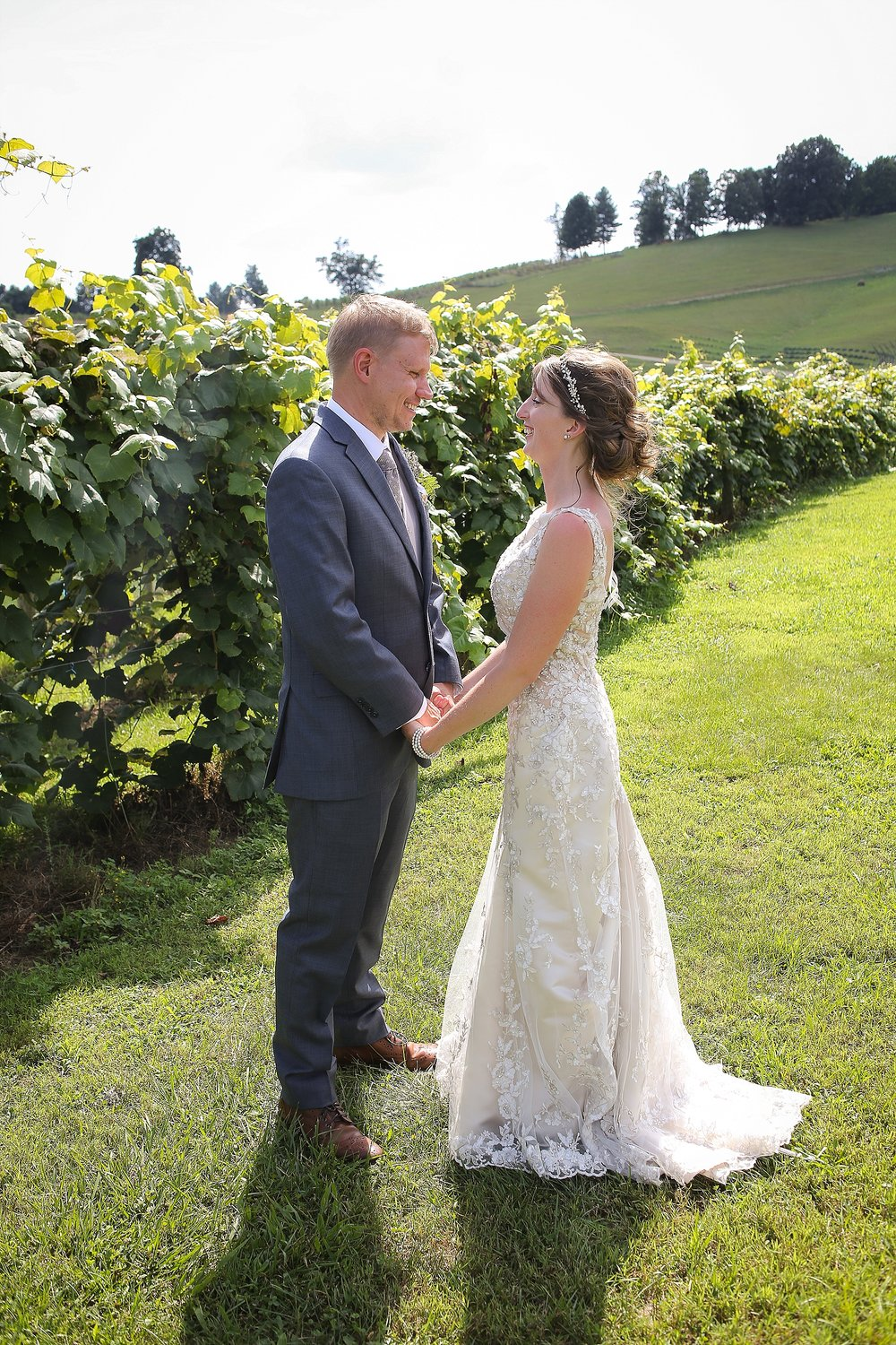 Beliveau-Estate-Winery-Wedding-Photos-Blacksburg-Wedding-Photographers_0071.jpg