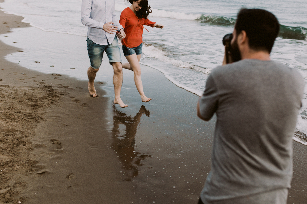 spain_beach_engagement-13.jpg