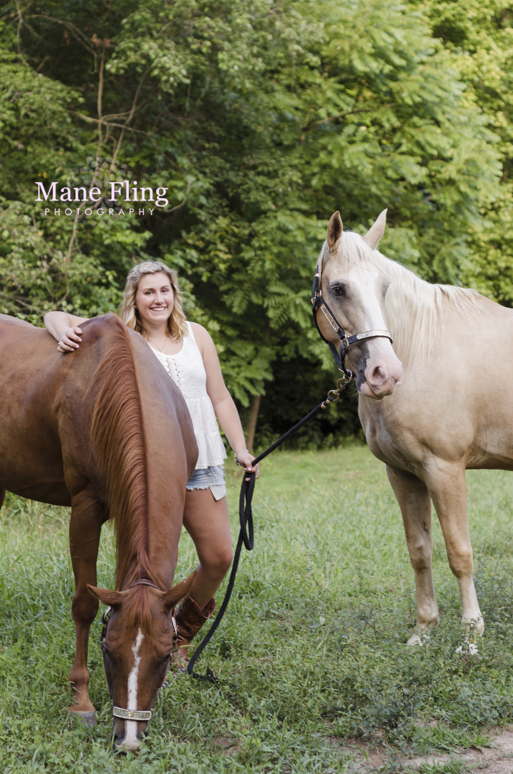 senior-portrait-girl-and-horse