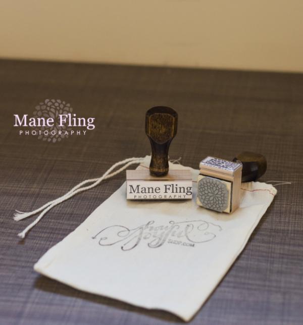 handmade-stamp-photography-logo