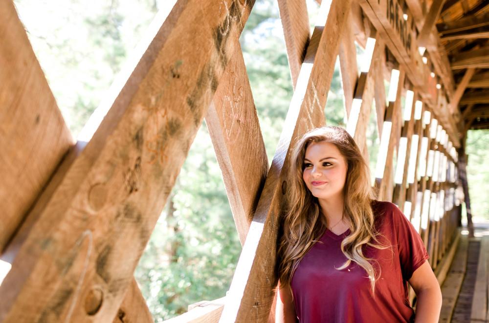 senior-portrait-bridge