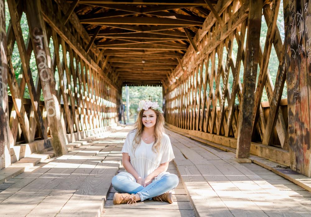 senior-portrait-girl-bridge