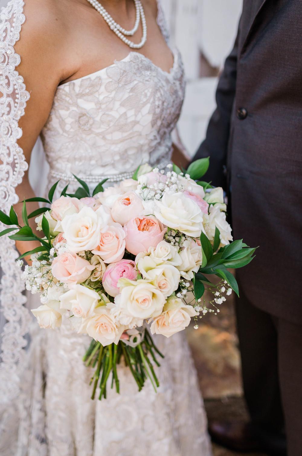Bouquet shots (2 of 4).jpg