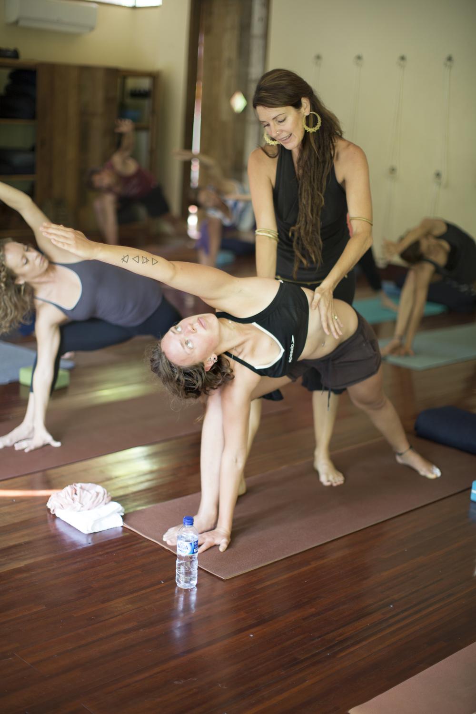 Tina Yoga 030n.jpg