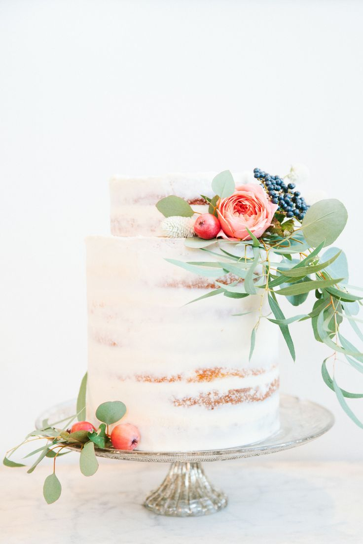 Mercina- elegant, understated, enchanting    Amaretto Cake with Pear Preserves and Champagne Buttercream  ( source )