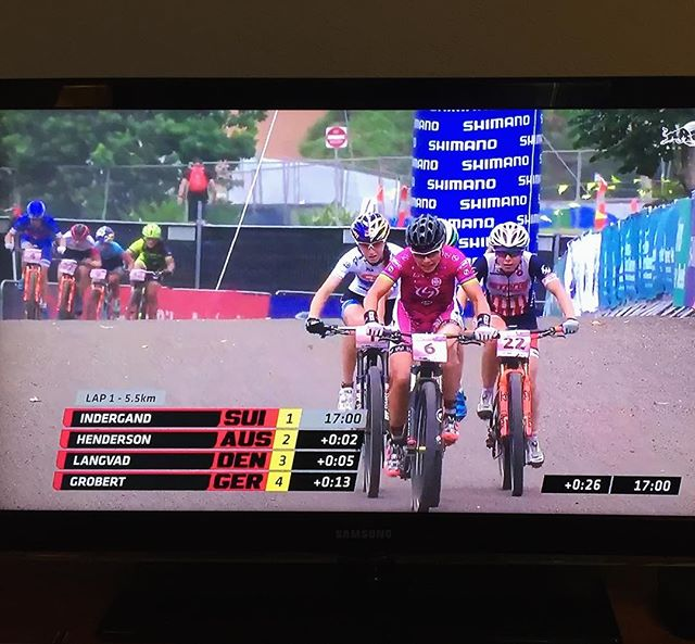 @redbull tv showing live @uci_cycling MTB! Tune in now. @chloewoodruff of @stansnotubes @pivot_cyclesusa is having a fantastic race in the top 10!