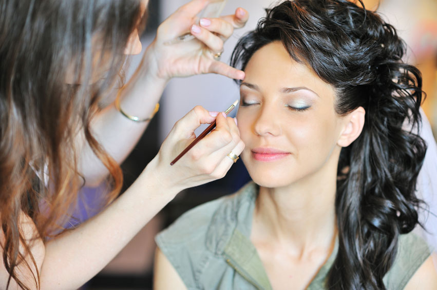 Make Up Artist    Wedding Make Up Artists
