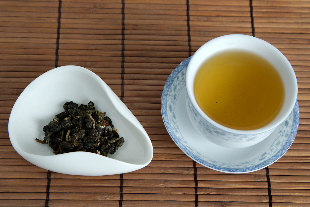 Tea Review: Osmanthus Oolong - Tea Ave