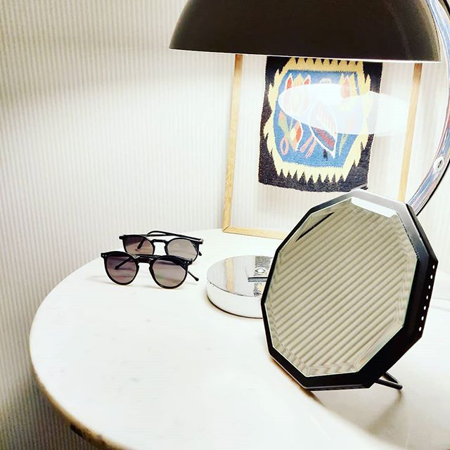 The PETIT table mirror is perfect for the shelf or table in your hallway #petitmirror #novelcm