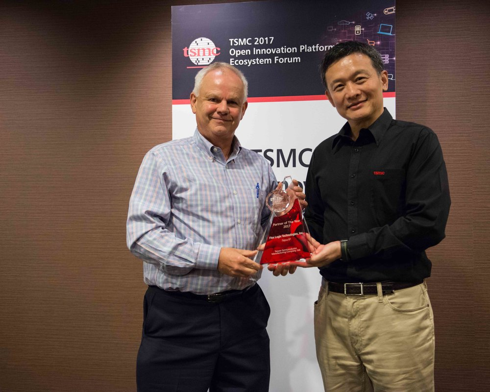 2017 09 TSMC Partner of Year Award from Cliff Hou -- Awards-0013.jpg