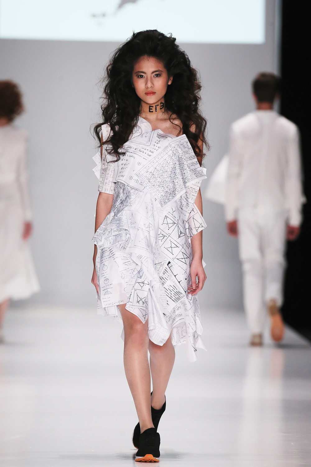 graduate_dress_collection004.JPG