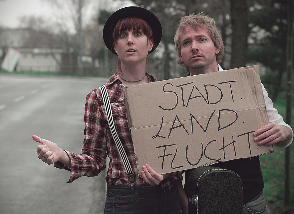 """9. Dezember 2014  """"Stadt-Land-Flucht"""" - Vorpremiere Aera        Ein Kabarett mit Kaufmann - Herberstein"""