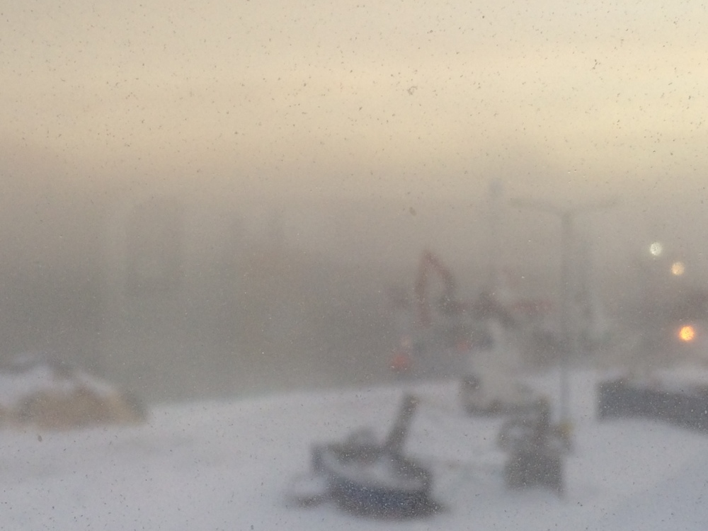 Blowing snow toward the harbour