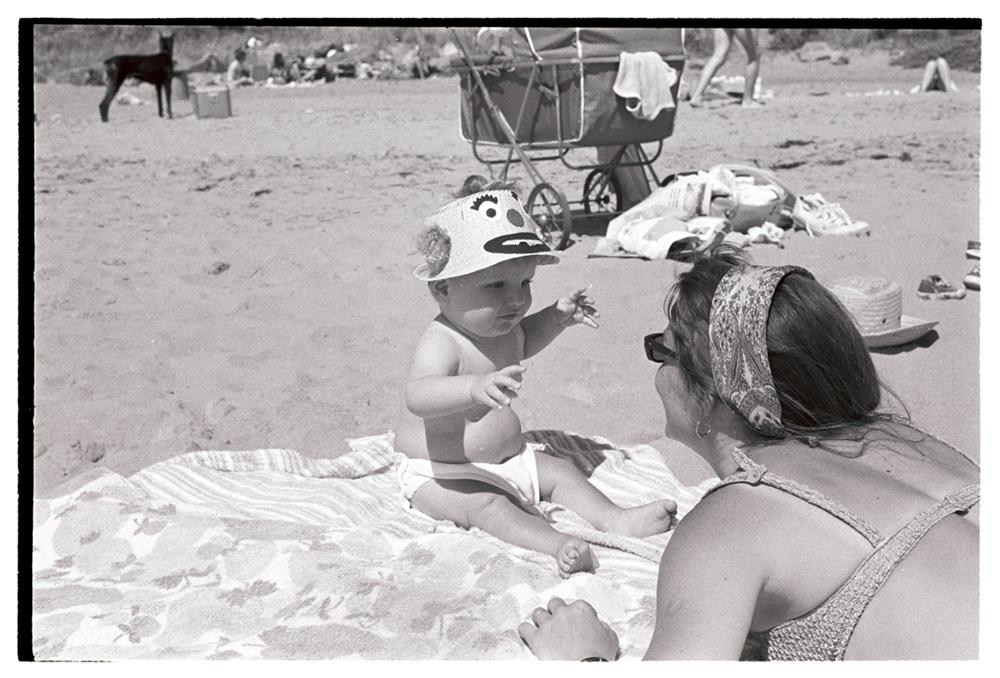 EDIT_victoria w hat.jpg